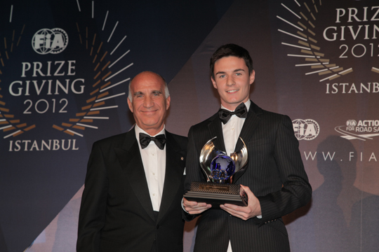 Camponeschi awarded by FIA and by the Golden Helmet of Autosprint