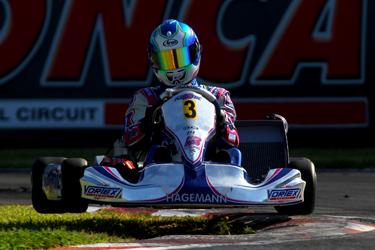 Kosmic Racing Department team gains superlative podium in KF2
