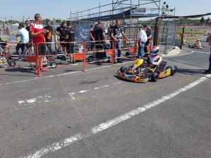 Kart Grand Prix of France - Heats: Pex (KZ) and Renaudin (KZ2) took the pole position.