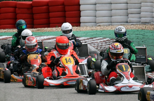 Aixro Race Series started in style