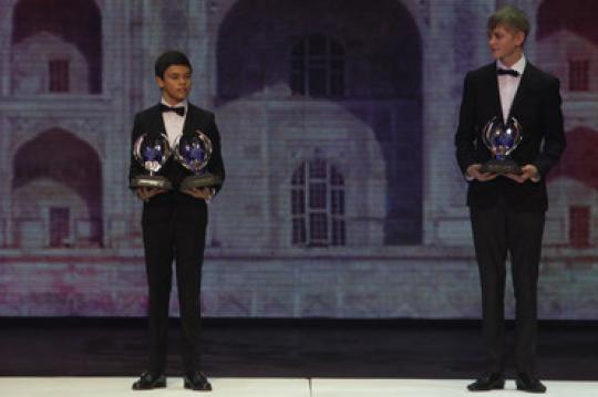 CIK-FIA World Karting titles shared between De Vries, Graham and Zanardi