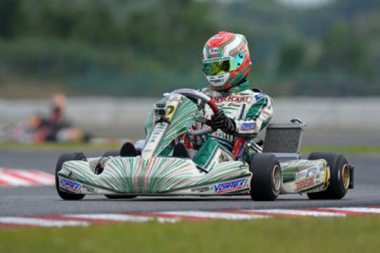 World KF1 Championship: Camponeschi first leader