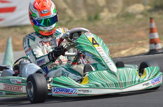 Basz starts KF prefinal from pole