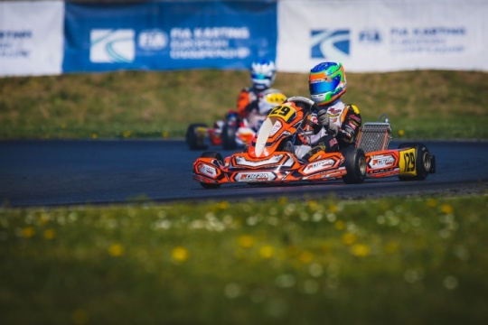 Difficult start for Stadsbader in the FIA Karting European Championship