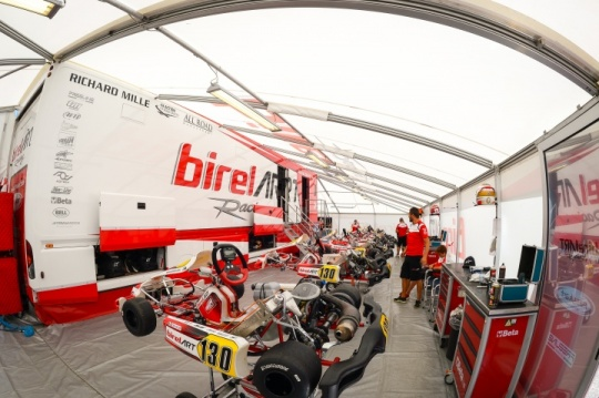 Birel ART in the lead pack with Coluccio and Kremers