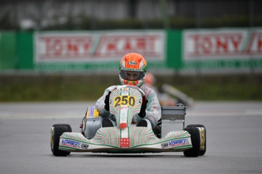 The bad weather complicates the first round of the WSK Super Master Series