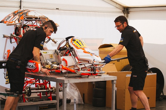 Hurting ribs and bent chassis in Spain