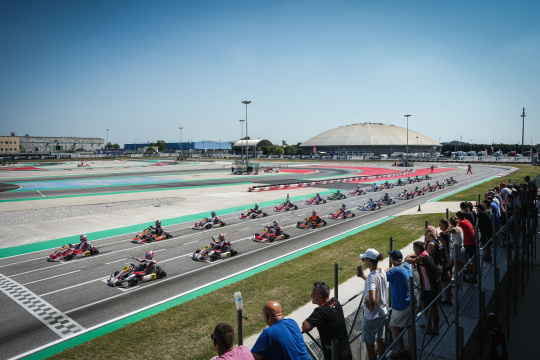 Accident at the WSK of Adria, drivers are in quite good condition