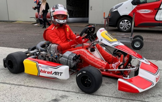 Leclerc also in red with karts!