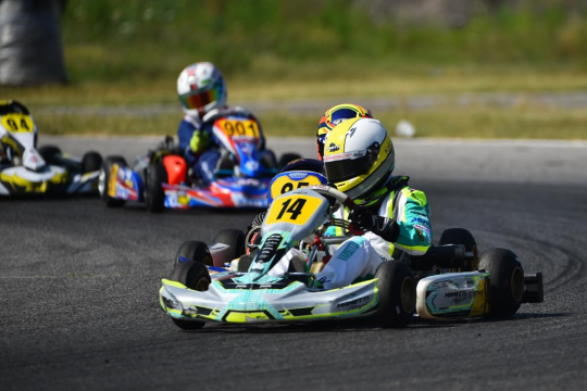 Manetti Motorsport fights in Sarno