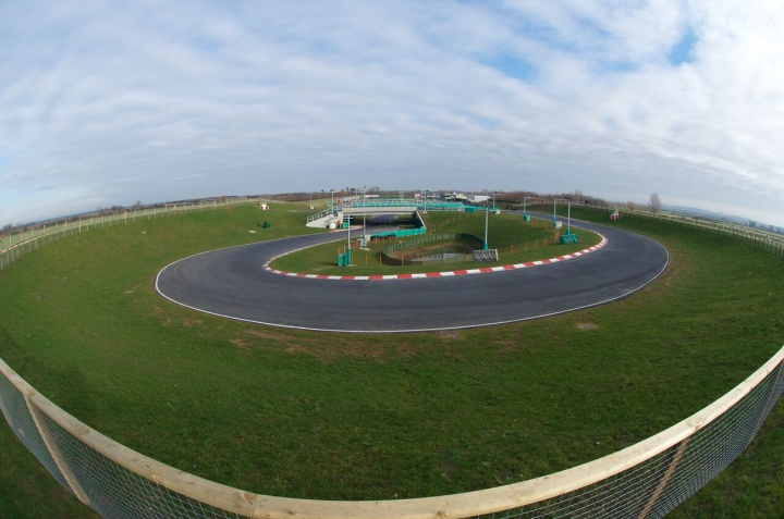 Kart Grand Prix of Great Britain - Heats: Van T'Hoff (OKJ) and Michelotto (OK) took the pole position