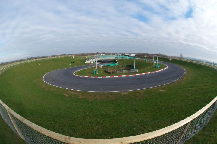 Kart Grand Prix of Great Britain - Heats: Van T'Hoff (OKJ) and Michelotto (OK) took the pole position
