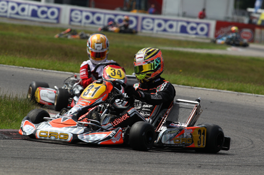 Verstappen out, Lennox wins second heat and pole for prefinal