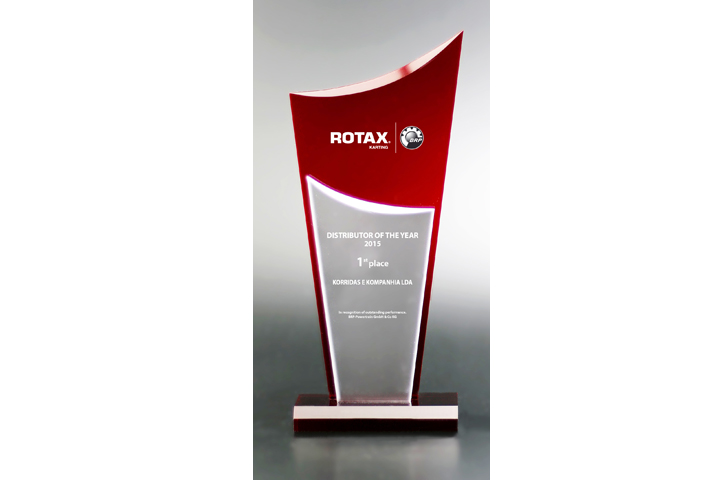 Korridas e Kompanhia awarded Rotax kart distributor of the year 2015