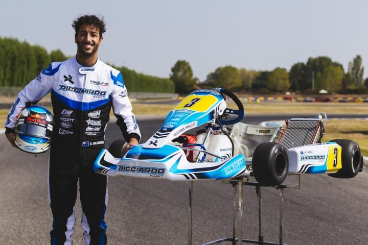 """Daniel Ricciardo in Castelletto with """"his"""" karts"""