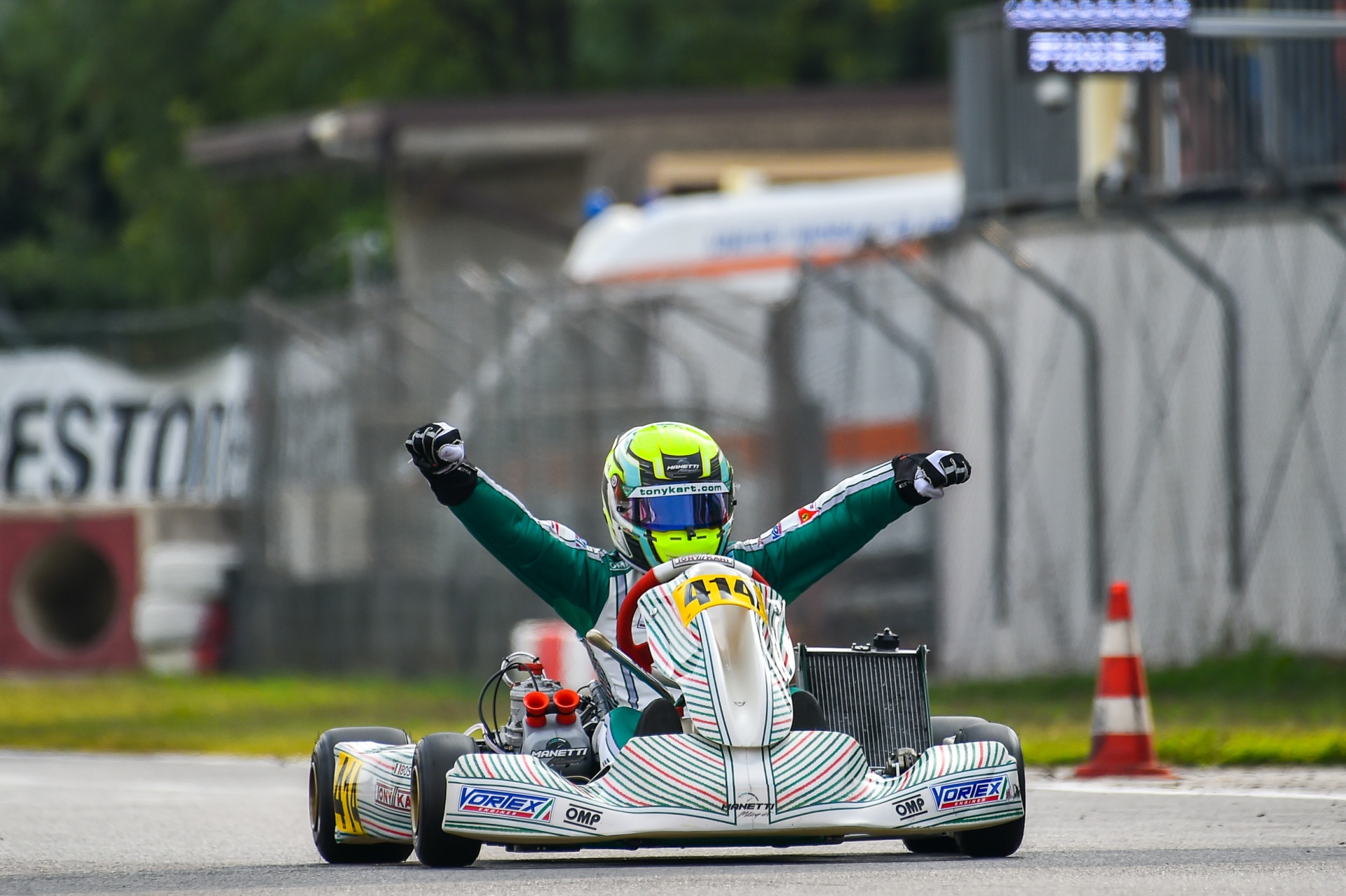 Manetti Motorsport wins the Autumn Trophy with Luca Bosco