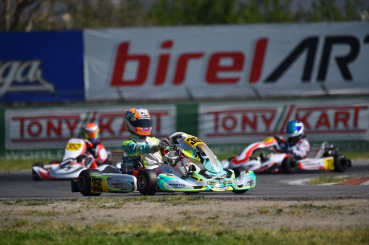 Manetti Motorsport at OKJ European Championship with Lola Lovinfosse