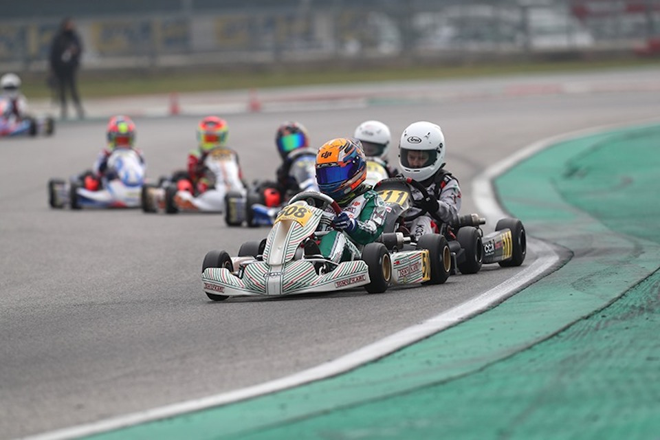 Two-sided weekend for Gamoto at Adria