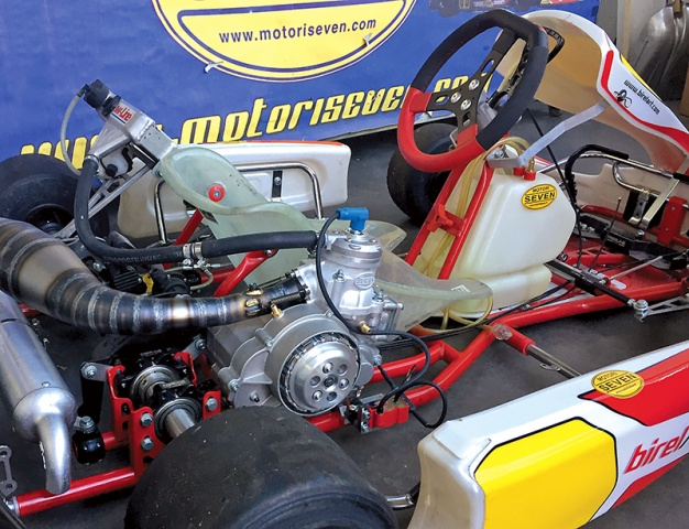 Scoop: A 60 Mini engine with gearbox!